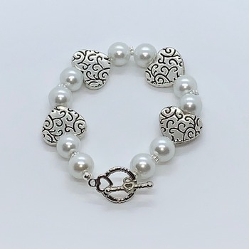 White Pearl and Antique Silver Heart Bead Bracelet