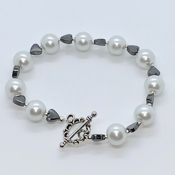 White Pearl and Hematite Heart Bead Bracelet