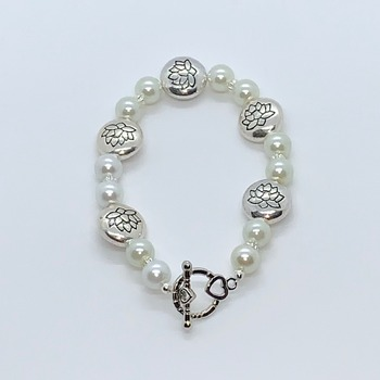 White Pearl and Silver Lotus Bead Bracelet