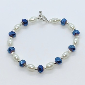 Ivory Pearl and Blue Faceted Bead Bracelet