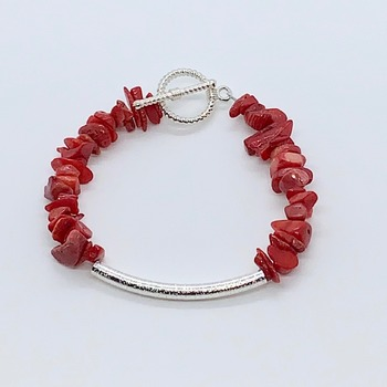 Red Coral Chip and Silver Bead Bracelet