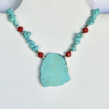 Turquoise Chip and Red Faceted Bead Necklace