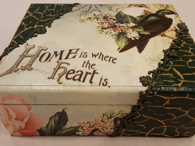 Decoupage box-Green box with rice paper