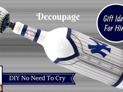 New York Yankees Wine Bottle DIY | Gift Ideas For Him | Man Cave Ideas