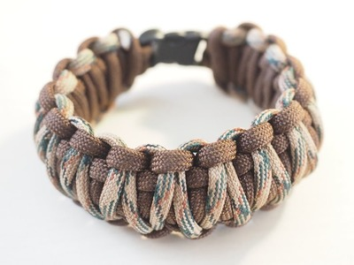 Making A Paracord Bracelet With A Fishing Kit Inside