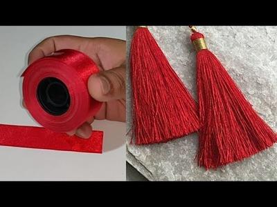 Satin Ribbon का इस्तेमाल कर के Tassel बनने का सबसे आसान तरीका।