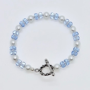 Light Blue Faceted Bead and White Pearl Bracelet