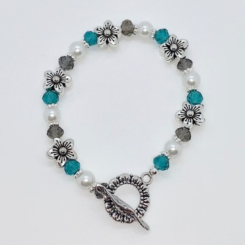 Teal Faceted Bead, Gray Faceted Bead and White Pearl Bracelet