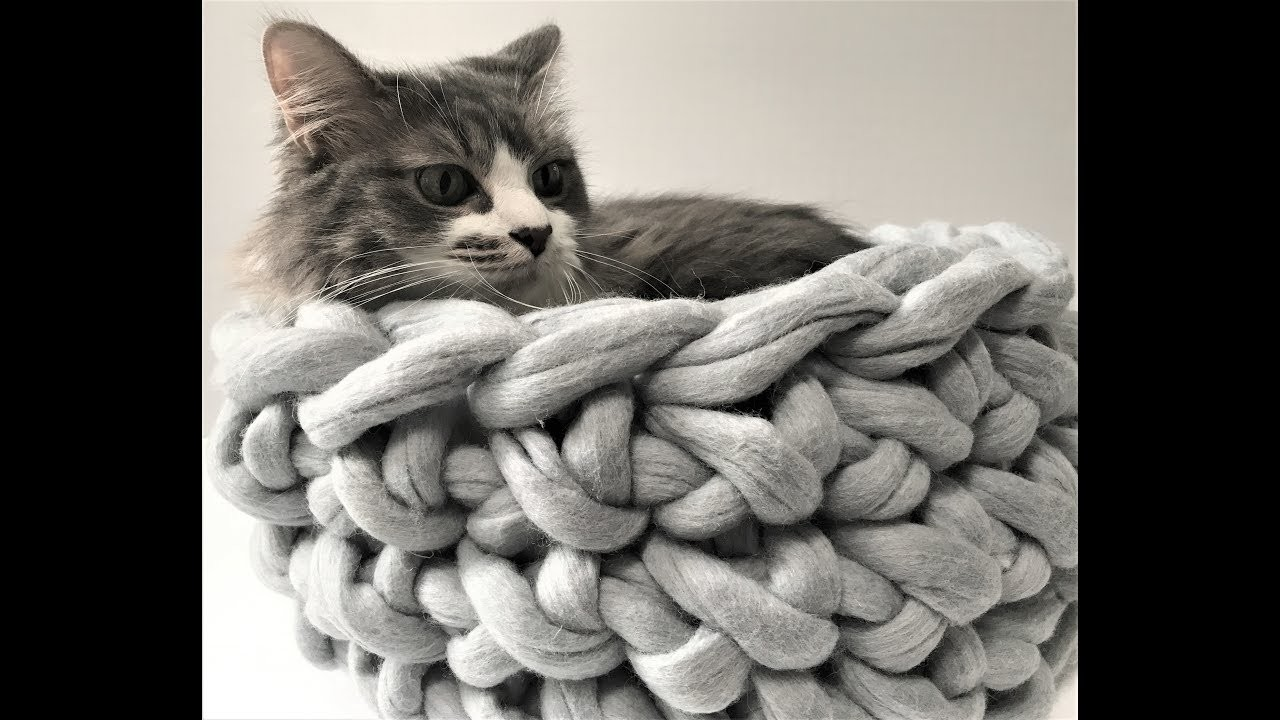 HOW TO HAND CROCHET A CAT BED IN 30 MINUTES