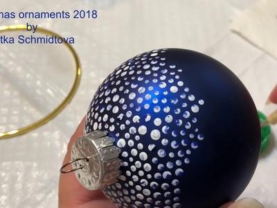 Tutorial acrylic dirty pour dots on Christmas ornaments by Gitka Schmidtova