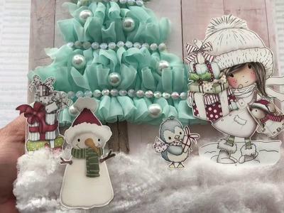 Winnie White Christmas Canvas | Process Video | Polkadoodles | Christmas DIY Gift Idea | Rosa Gomez