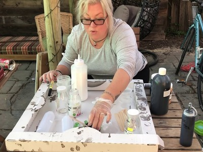 #43. Getting your paint to pouring consistency: then adding it to your pouring medium demo.