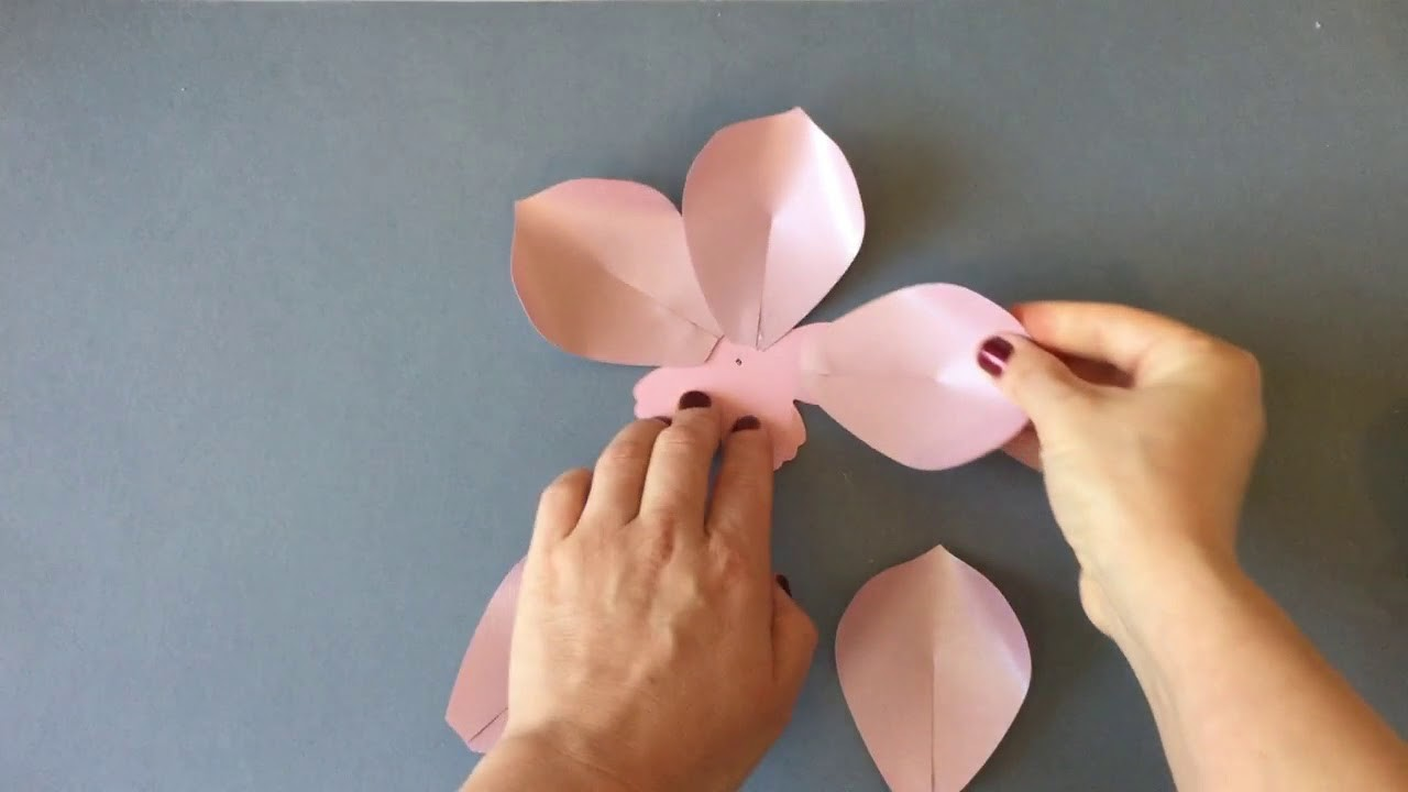 Magnolia Flower Video Tutorial How To Make A Simple Paper Flowers