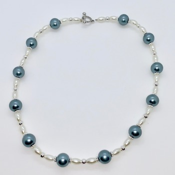 Teal Pearl, White Pearl and Silver Flower Bead Bracelet