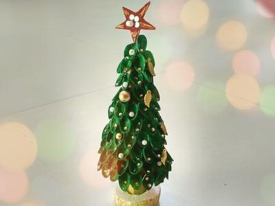 DIY Pistachio shells Christmas Tree. DIY X-mas Recycling Decoration Ideas.