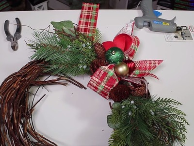How To Conceal Your Wreath Hanger. Christmas Wreath Hack. Dollar Tree DIY