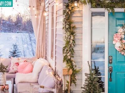 Christmas Front Porch Entryway Decor Ideas & DIY Christmas Wreath