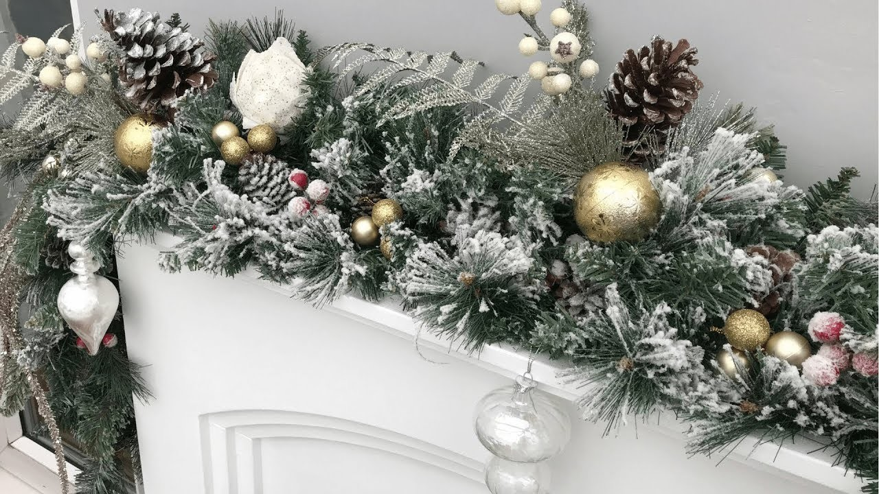 Christmas 2018: How To Decorate Your Mantel.