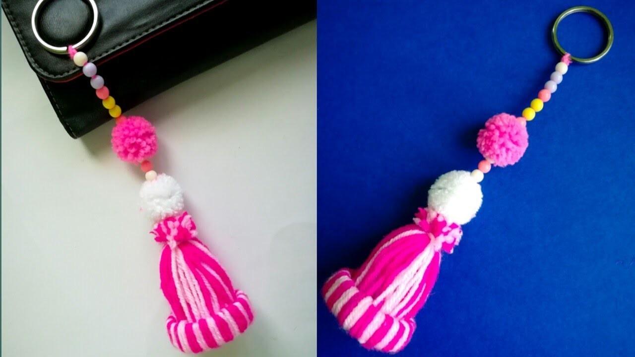 Diy keychain. Diy woolen keychain. Diy pom pom keychain. Easy way of making keychain.Wool craft