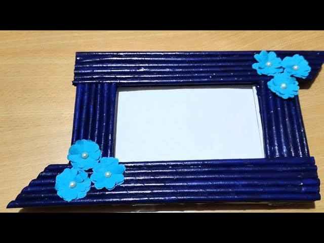 Newspaper photo frame tutorial||photo frame||How to make photo frame at home
