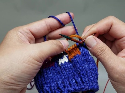 Knitting Intarsia in the round, using the float, Part 2