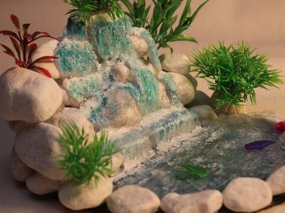 DIY Selbstgemachter Mini-Wasserfall als Deko.Homemade mini waterfall as décor