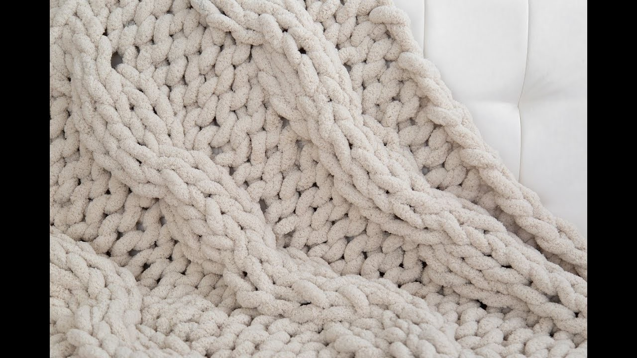 HOW TO HAND KNIT A CABLE KNIT CHENILLE BLANKET