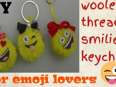 DIY how to make smilie keychain used with woolen thread.