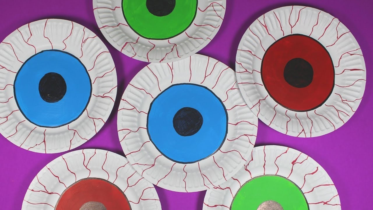 How to Make a Paper Plate Eye   Halloween Craft for Kids