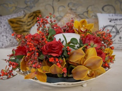 How to make a Thanksgiving Table Wreath with Orchids, Berries, Roses and Succulents