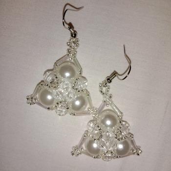 Handmade Triangle Pearl Earrings