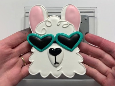 How To Make a Llama Cookie - Royal Icing Sugar Cookie
