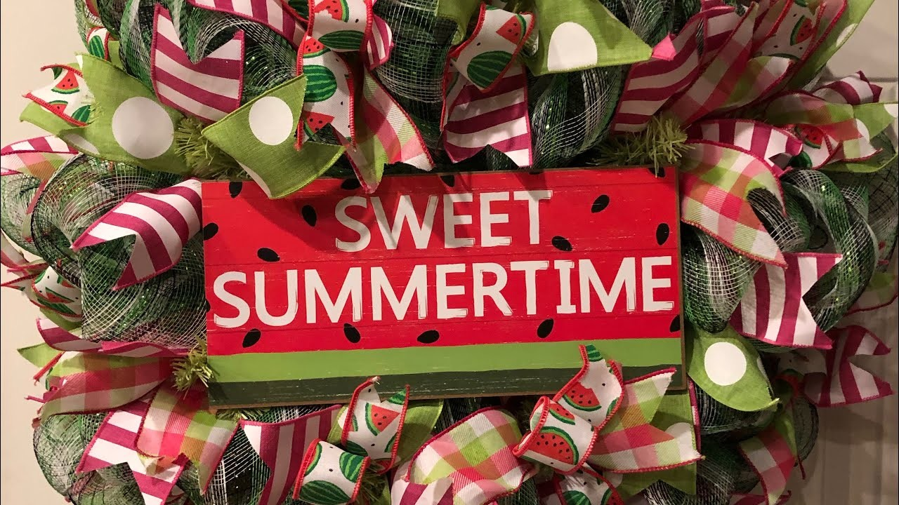 How to make a poof watermelon wreath from a kit from Hard Working Mom
