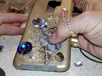 Let's create DIY cell phone case