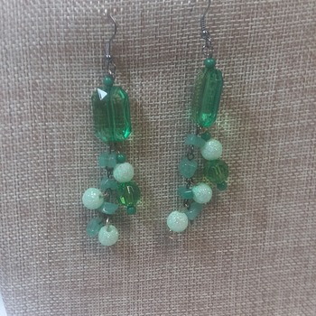 Emerald glass beads with Jade 154625