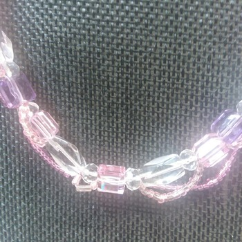 Pretty pink and crystal necklace 150131