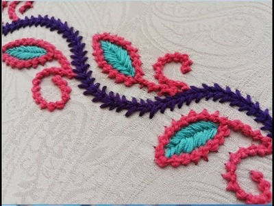 Hand embroidery;;Border line design with two diferent stitches.