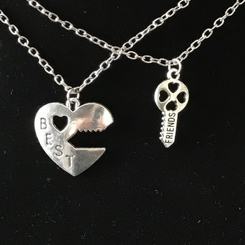 Heart and Key best friend Necklace