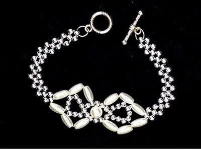 How to make an elegant bracelet. Easy beading for beginners