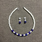 Collier de perle d'imitation beige et perle agate bleue