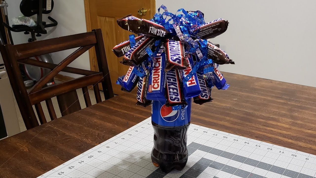 #candybouquet #sodaboquet  DIY Candy Soda Bouquet. Birthday or Graduation gift