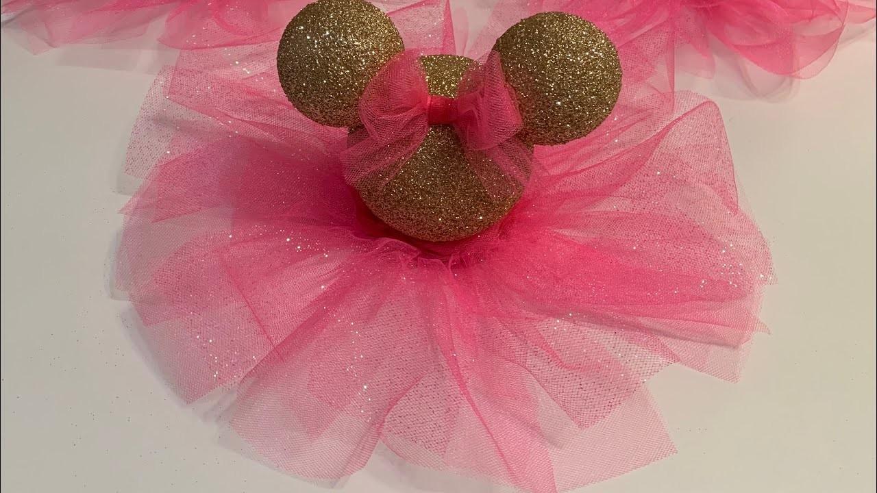 DIY Minnie Mouse centerpiece!