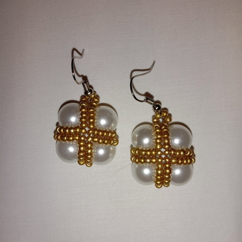 Handmade Golden White Pearl Square Earrings