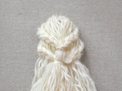 Khaleesi - embroider the hairstyle part 1