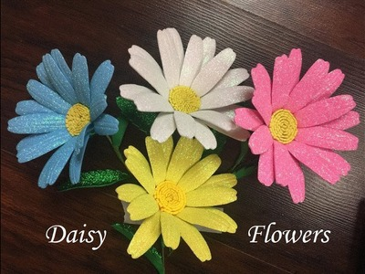 DIY: How to make a Daisy flower with glitter foam sheets. flor margarita en goma eva - foamy
