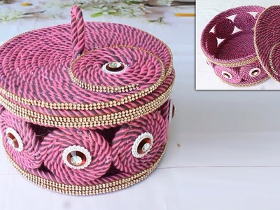 Simple way to make jewelry box with wool and black plastic ropes