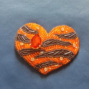 Handmade Million Teardrop Tiger Heart Brooch Jewellery