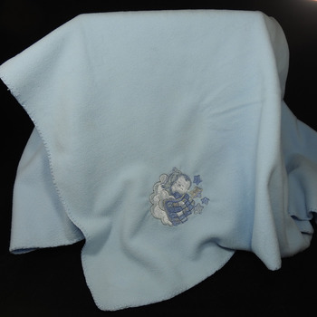 Light Blue Anti-Pill Fleece Baby Blanket With An Embroidered Picture - Free Shipping
