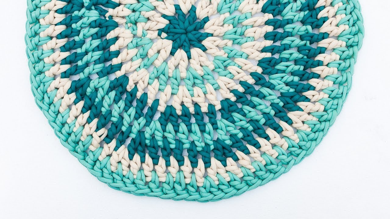 How to Crochet a Quick & Easy Rug