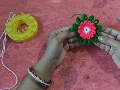 How to make a flower by using loom handcrafts